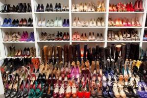 Scarpe uomo donna in offerta,francesine,mocassini,stivali,stivaletti,ballerine e tante altre calzaure.