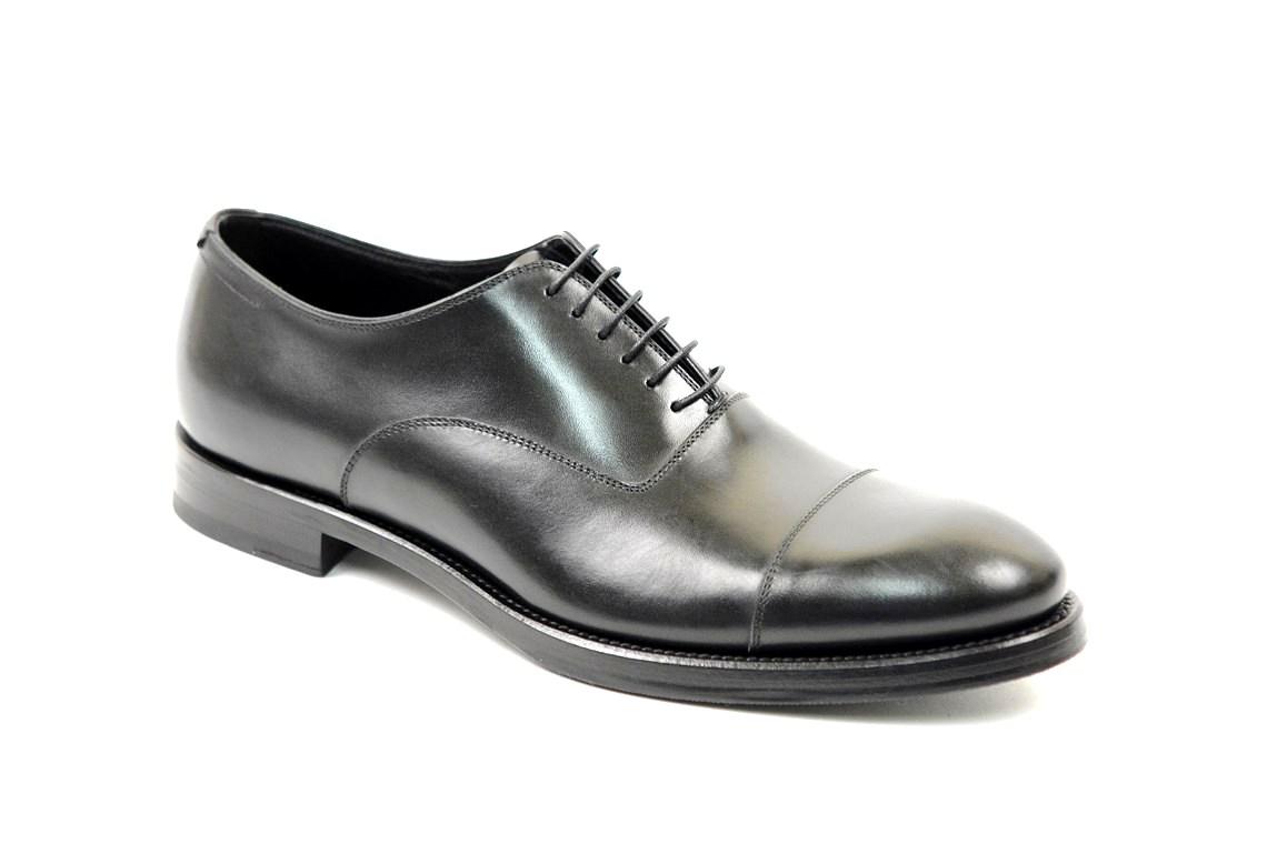 52e8802324059 scarpe eleganti uomo fatte a mano