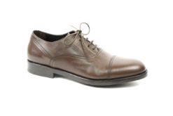 Scarpe stringate uomo in pelle con fondo gomma,calzature autunno inverno in vendita sul nostro outlet,calzature uomo a partire da 49 euro.lucacalzature