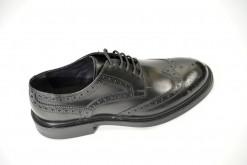 Scarpe stringate uomo in pelle con lavorazione .Fondo gomma dainite frau shoes milano lucacalzature.Modello Derby uomo
