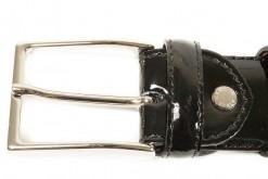 Accessori per uomo,calzature ,borse,valigette 24 ore in pelle,www.lucacalzature.it.Cura e manutenzione per le calzature.Scopri tutti inostri prodotti