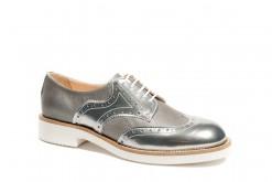 Scarpe donna stringate in pelle e laminato argento.Collezione glamour.