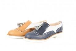 Scopri tutte le scarpe stringate da donna Primavera Estate sul nostro ecommerce www.lucacalzature.it .Pantofola in pelle bicolore con fiocco e suola di gomma.