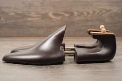 Tendiscarpe uomo realizzate con molla in titanio regolabili,misure 41-42-43 solo da Lucacalzature a Milano.Ecommerce Lucacalzature .