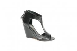 Sandalo elegante in pelle nera con zeppa e listino a t.Shoponline Lucacalzature.