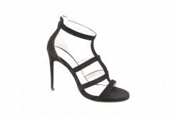 Sandalo elegante in camoscio con tacco alto,scopri tutti i modelli sul nostro ecommerce.