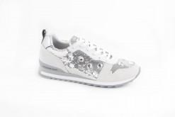 sneakers-da-donna-con-accessori-swaroskyscegli-le-calature-di-tendenza-per-la-nuova-stagione-trussardi-shoes