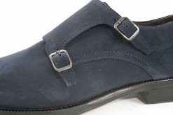 nelle-scarpe-eleganti-da-uomo-i-dettagli-fanno-sempre-la-differenzascegli-i-nostri-prodotti-italiani