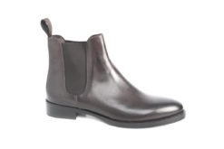 calzature-sportive-ed-eleganti-da-uomo-e-da-donnalucacalzature-a-milano-in-corso-vercelli