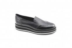 slipon-donna-in-pellescegli-le-scarpe-basse-lucacalzatureora-anche-online-spedizione-e-reso-gratuiti