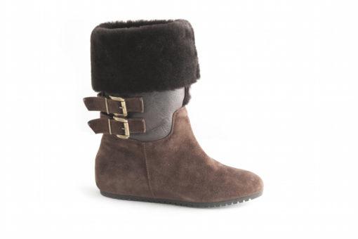 Stivali,stivaletti e tanto altro in saldo fino al 70 % sul nostro shoponline Luca,scopri tutti i nostri prodotti italiani.