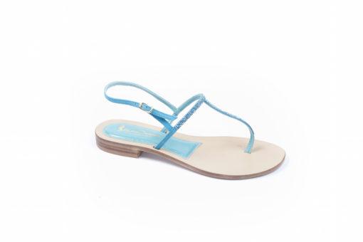 Sandali infradito da donna in pelle con strass, scopri i modelli casual per la tua estate.