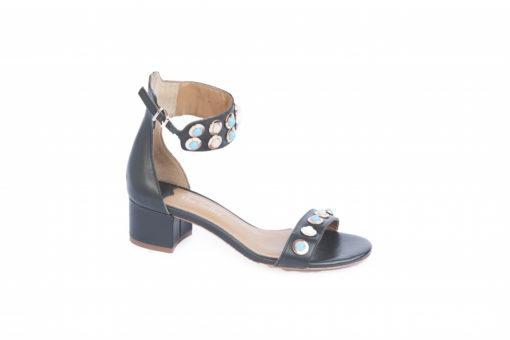 Sandalo elegante con accessori e tacchi medi.Shoponline Lucacalzature,scegli i tuoi prodotti.