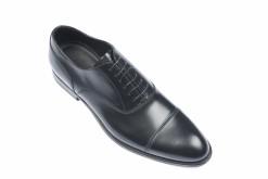 Scopri tutte le scarpe elegnati da uomo.Artigianali Lucacalzature a Milano.