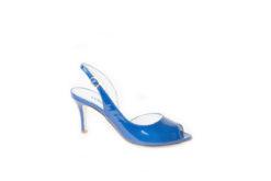 Scegli i sandali da donna con i tacchi medi e alti, scopri i modelli per il tuo look estivo fashion.