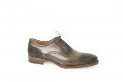 Scopri lo shoponline Luca, scarpe uomo fatte a mano in italia, scegli le francesine Luca.