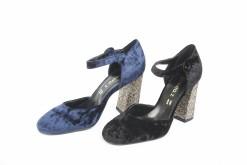 Collezione autunno inverno, scarpe eleganti da donna per occasioni importanti in velluto.