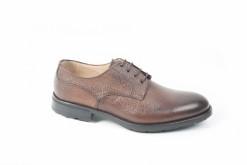 Calzature artigianali da uomo, derby, francesine, scarpe con fibbie e tanti modelli sul nostro ecommerce.