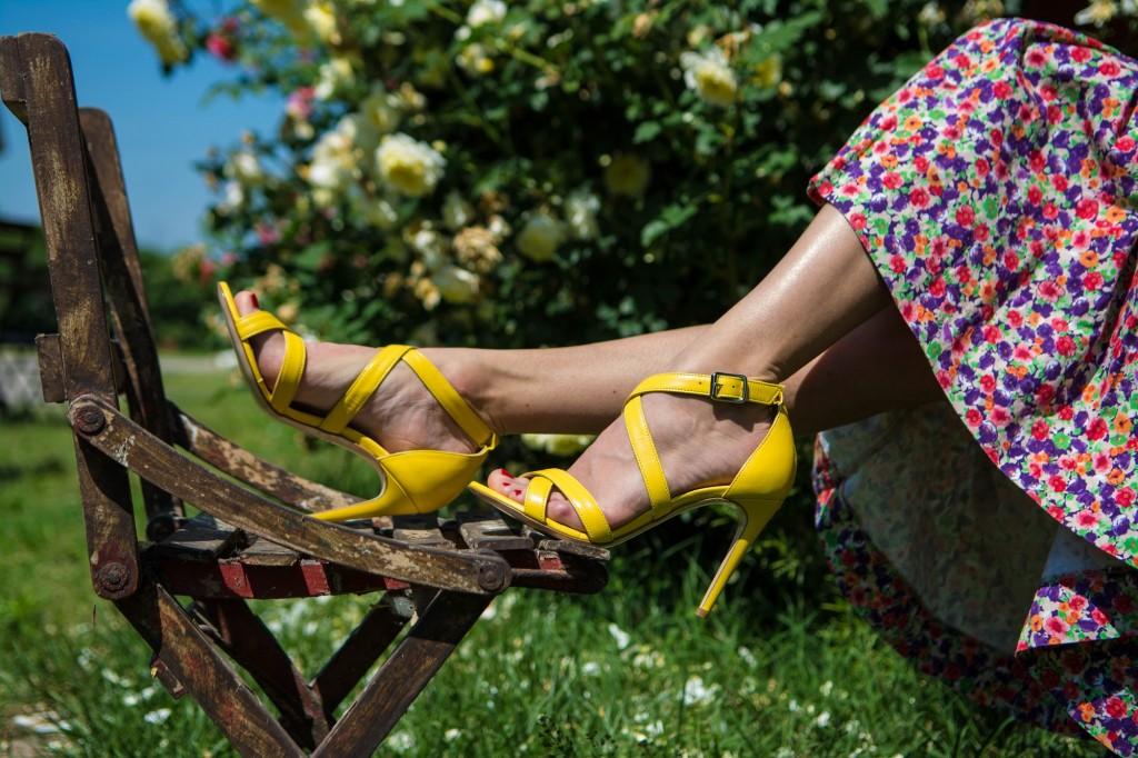 sandali estivi colorati tacco alto donna milano expo 2015 ecommerce webstore