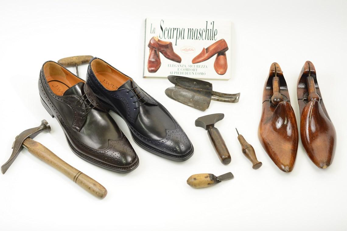 Scarpa elegante allacciatura derby in vitello bicolore.scarpe uomo  classiche ed eleganti lucacalzature milano 9bafb3ad3b6