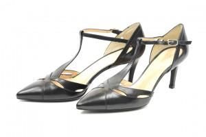 Decolletè in vitello con laccio alla caviglia charleston,negozio donna uomo luca calzature milano.