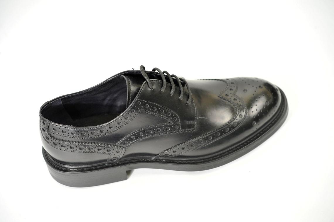 Scarpe stringate uomo in pelle con lavorazione .Fondo gomma dainite frau shoes  milano lucacalzature.Modello Derby uomo (2) 51253e52a30