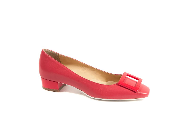 Scarpe colorate donna con tacco e accessorio.Scopri tutta la nostra  collezione di scarpe . Decolletè ... c5e41016808