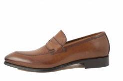Scarpe uomo classiche artigianali Lucacalzature,scegli il made in italy,spedizione e reso gratuiti.