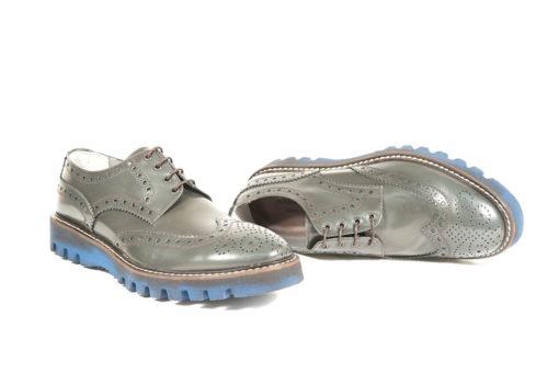 Scarpe classiche da uomo prodotte in italia dai migliori artigiani.Calzature in pelle,lavorazione blackrapid Alexander shoes.Scopri di più sul nostro ecommerce www.lucacalzature.it