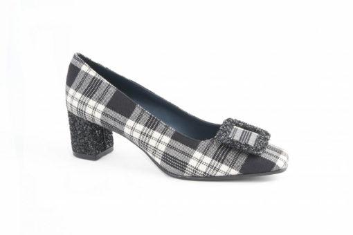 scarpe-da-donna-classiche-in-tartancalzature-adatte-ad-ogni-occasionevisita-il-nostro-e-store