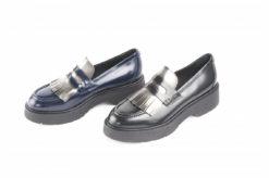 scarpe-da-donna-in-vitello-spazzolatomodello-con-frangia-e-suola-di-gomma-con-zeppa