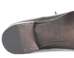 scarpe-da-uomo-cucite-a-manoscegli-i-prodotti-maschili-per-eccelelnzaoxford-shoes