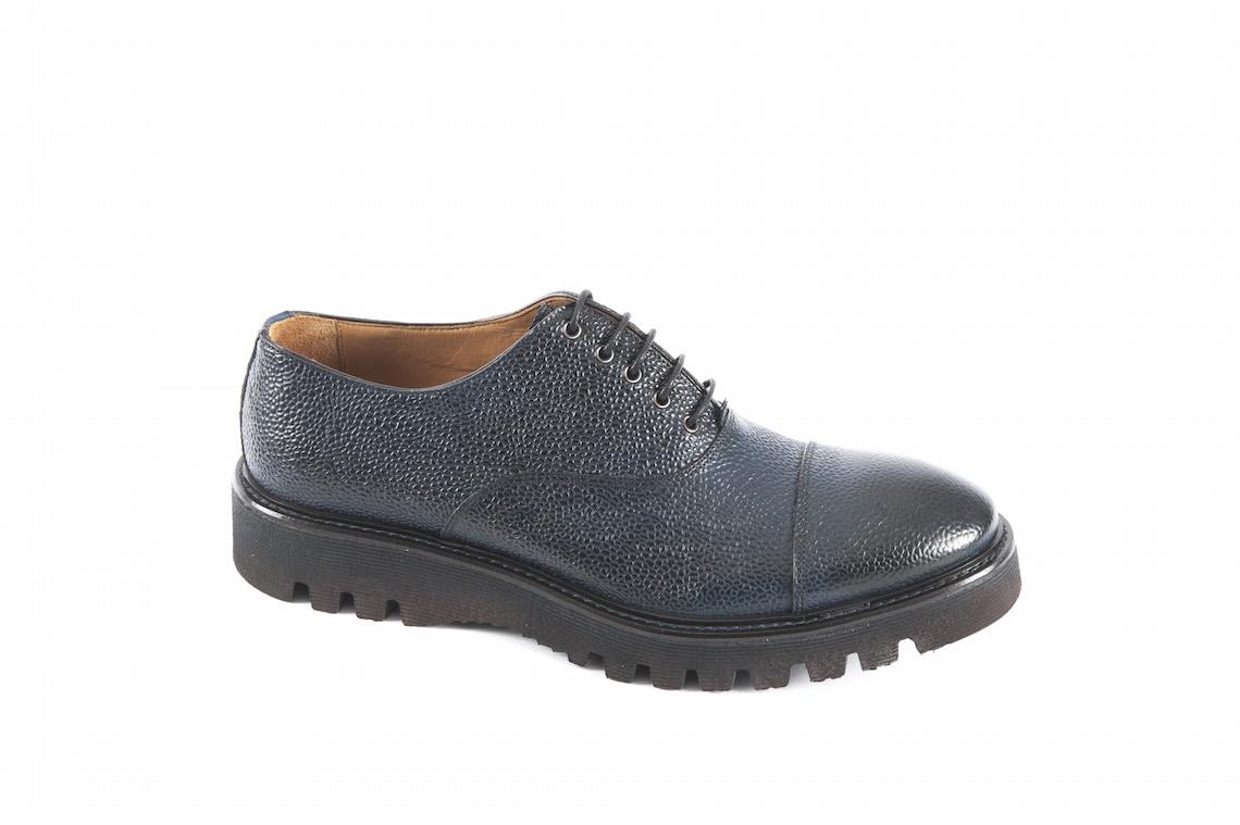 scarpe-stringate-da-uomo-in-pelle-prodotte-in-italiascarpe ... 257a8107cb1