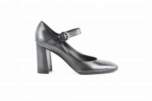 scarpe-uomo-e-donna-a-milanoora-anche-onlinescopri-il-mondo-lucacalzature