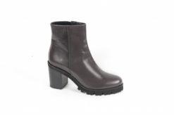 shoponline-scarpe-uomo-e-donna-e-accessori-per-la-pulizia-delle-scarpescorpi-le-offerte-luca