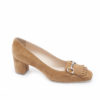 Mocassino da donna in camoscio con frangia e acessori morsetto,le scarpe classiche dal gusto italiano.