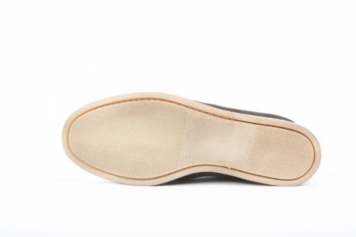 Scarpe sportive con suole di gomma leggere e resistenti,scegli i modelli per la nuova stagione Primaverile.