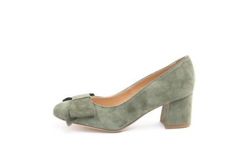 Acquista le tue scarpe primaverili,decolletè in pelle,in camoscio e in vernice con varie altezze di tacco.