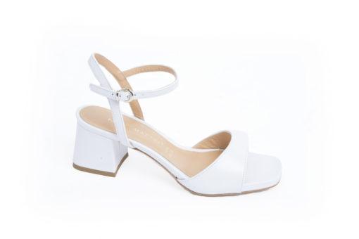 Sandali da donna in pelle con tacco 6 cm e 5 cm,scopri tutti i nostri modelli disponibili.