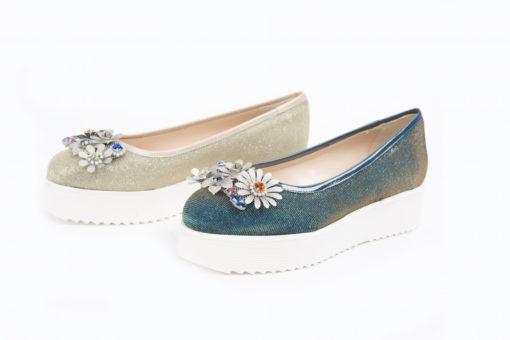 Scarpe basse per la stagione primaverile,scopri le ballerine per il tuo look,semplici o con accessori.
