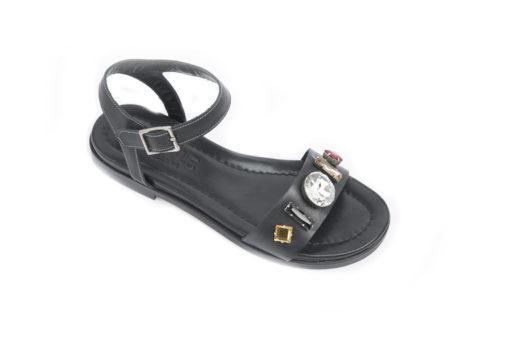 Visita il nostro shoponline e scegli i sandali con tacco basso.