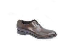 Acquista le tue scarpe eleganti per le cerimonie della bella stagione.Visita il nostro shoponline.