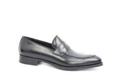 Scegli le tue scarpe elganti per le cerimonie di Maggio E giugno.
