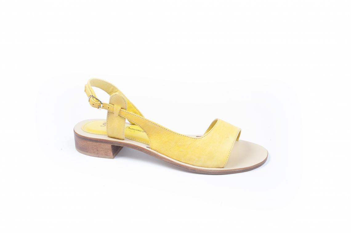 Sandalo in nappa con fascia laterale . – Luca Calzature E-store 3905bab2244