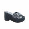 Sandalo da donna sportivo ed elegante, scegli i prodotti italiani di lusso dal 1960.