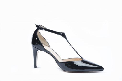 Scarpe da donna eleganti, scegli i modelli per il tuo total look e acquista in sicurezza.