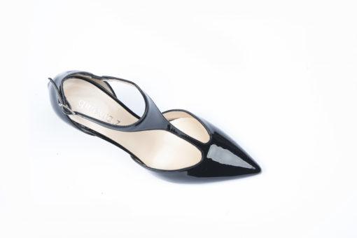 Scarpe da donna eleganti, scegli i modelli per il tuo total look e acquista in sicurezza..