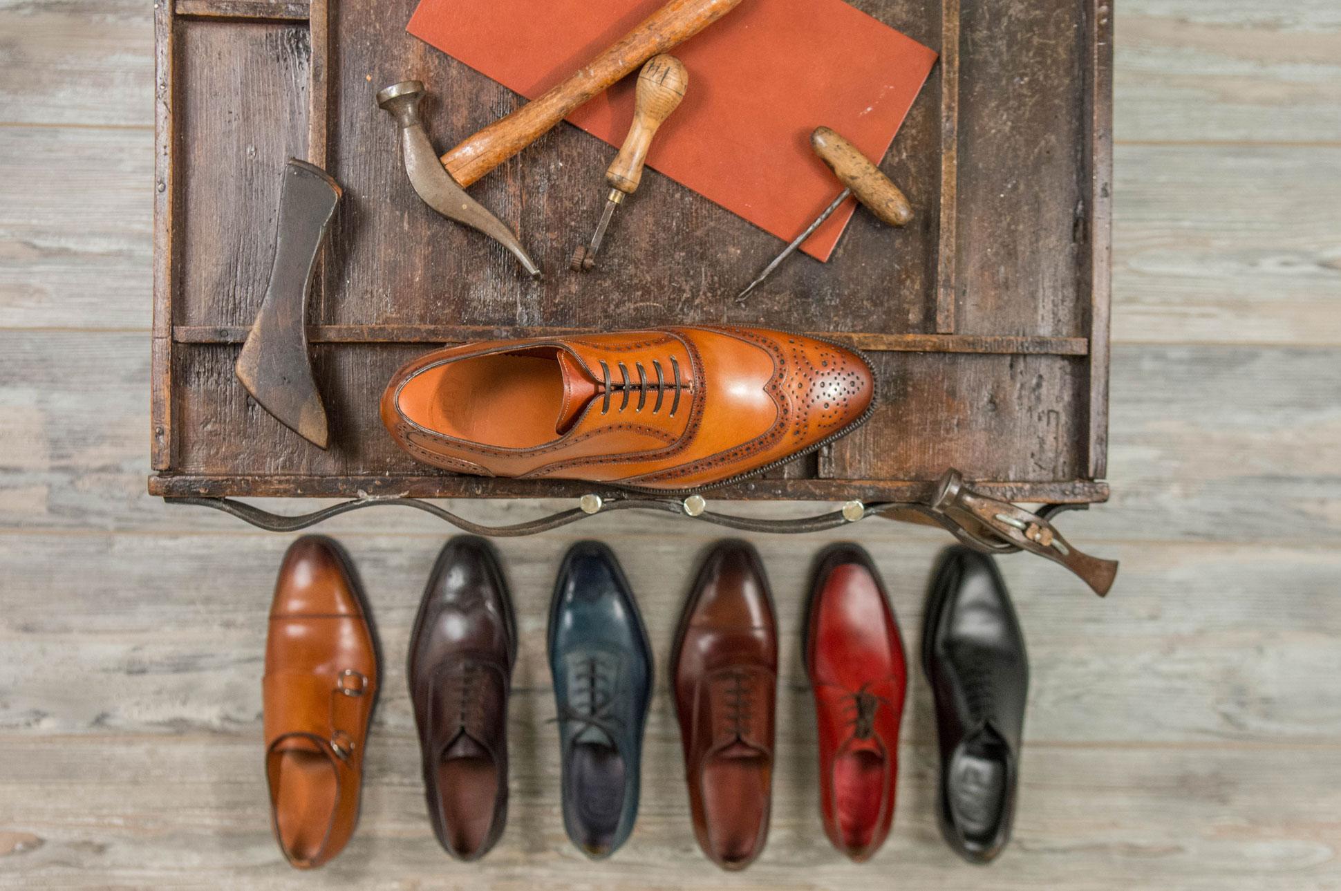 Scarpe da uomo artigianali fatte a mano in italia.
