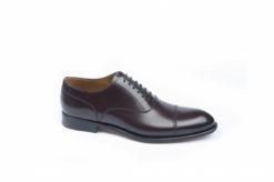 Scarpe da uomo stringate eleganti per cerimonie, vitello bordeaux e suola di cuoio cucita a mano.Campanile shoes.