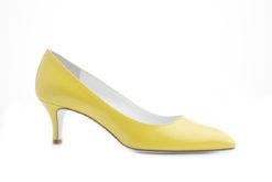 Scegli tra tantissimi prodotti online, scarpe donna e uomo in saldo.